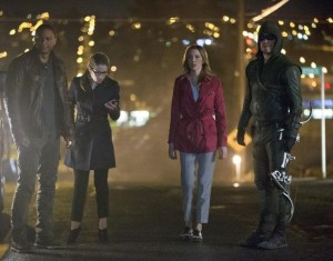 arrow 2x22 - diggle felicity Oliver Laurel