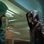 Arrow - Episode 3.01 - The Calm - Promotional Photo Red Arrow