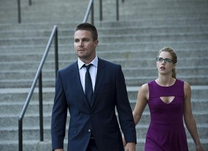 Arrow - Episode 3.01 - The Calm - Promotional Photos Oliver Felicity