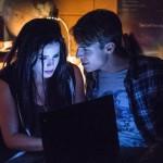 Arrow - Episode 3.05 - The Secret Origin of Felicity Smoak - Promotional Photos copain