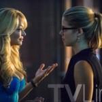 Arrow - Episode 3.05 - The Secret Origin of Felicity Smoak - maman 2