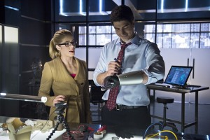 Arrow Felicity et Palmer 2 3x10