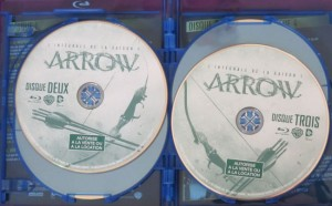 arrow blu-ray saison 1 disques stickers