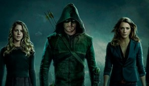 arrow saison 3 felicity laurel