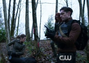 arrow 3x17 suicide squad