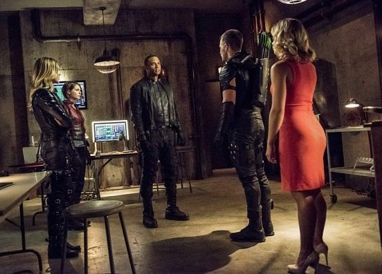 Saison 4 : les photos promos du 4×01- Green Arrow