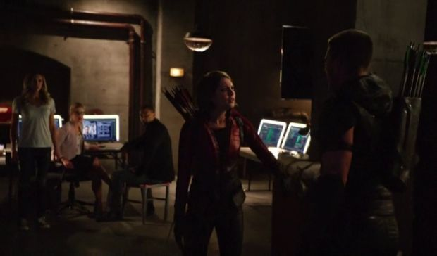 arrow 4x02 combat oliver vs thea