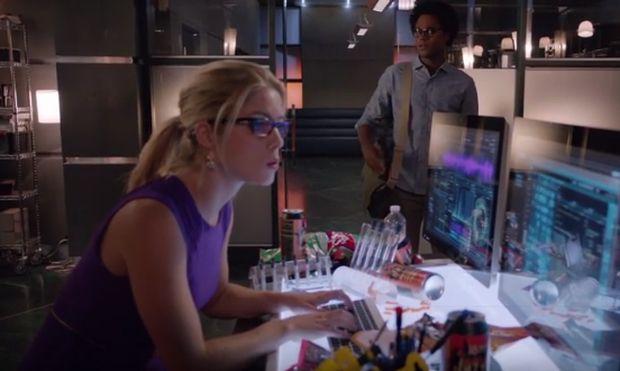 Arrow 4x06 Felicity Curtis