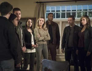 Arrow 4x08 photos groupe