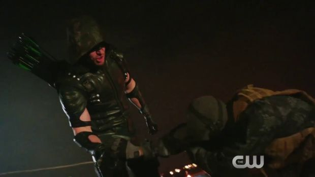 arrow 4x10 bande annonce Oliver