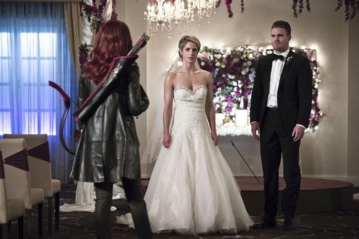Saison 4 : les photos promo du 4×16 de  Arrow – Broken Hearts