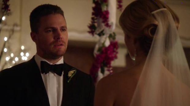 Arrow 4x16 mariage Oliver Felicity