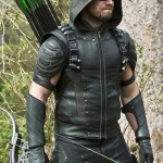 Arrow - Episode 4.22 - Lost In The Flood Oliver