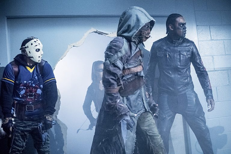 arrow-5x04-ragman-curtis-wild-dog