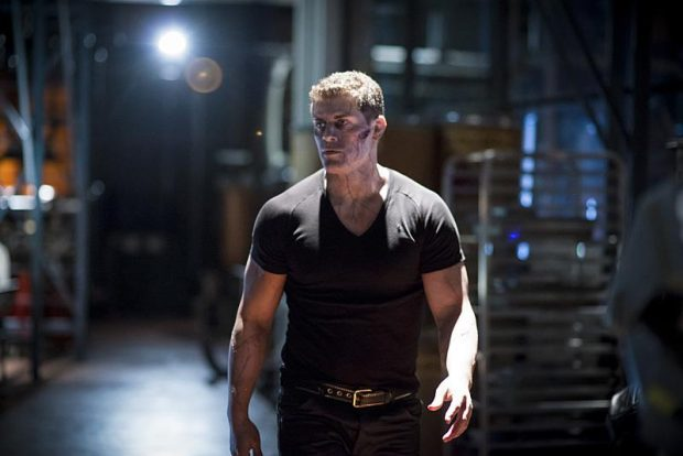 La galerie de photos du 5×03 de Arrow : A Matter of Trust