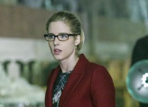 Arrow 5x10 felicity curtis