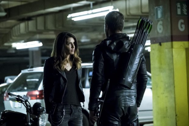 """Arrow -- """"Second Chances"""" -- Image AR511b_0007b.jpg -- Pictured (L-R): Juliana Harkavy as Tina Boland and Stephen Amell as Oliver Queen -- Photo: Katie Yu/The CW -- © 2017 The CW Network, LLC. All Rights Reserved."""