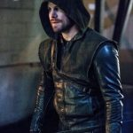"""Arrow -- """"Bratva"""" -- Image AR512b_0207b.jpg -- Pictured: Stephen Amell as Oliver Queen/The Green Arrow -- Photo: Cate Cameron/The CW -- © 2017 The CW Network, LLC. All Rights Reserved."""