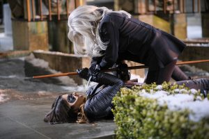 """Arrow -- """"The Sin-Eater"""" -- Image AR514b_0132b.jpg -- Pictured (L-R): Juliana Harkavy as Tina Boland/Dinah and Kelly Hu as China White -- Photo: Robert Falconer/The CW -- © 2017 The CW Network, LLC. All Rights Reserved."""