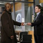 """Arrow -- """"The Sin-Eater"""" -- Image AR514a_0137b.jpg -- Pictured (L-R): Adrian Holmes as Captain Frank Pike and Stephen Amell as Oliver Queen -- Photo: Robert Falconer/The CW -- © 2017 The CW Network, LLC. All Rights Reserved."""