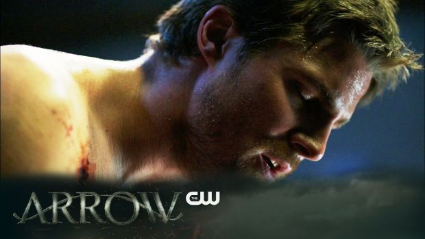 Arrow _ Kapiushon Trailer _ The CW (BQ) Oliver