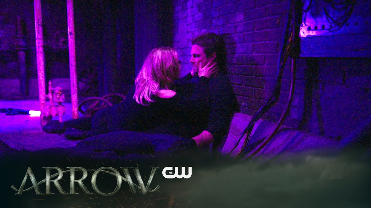 La bande annonce du 5×20 de Arrow : Underneath