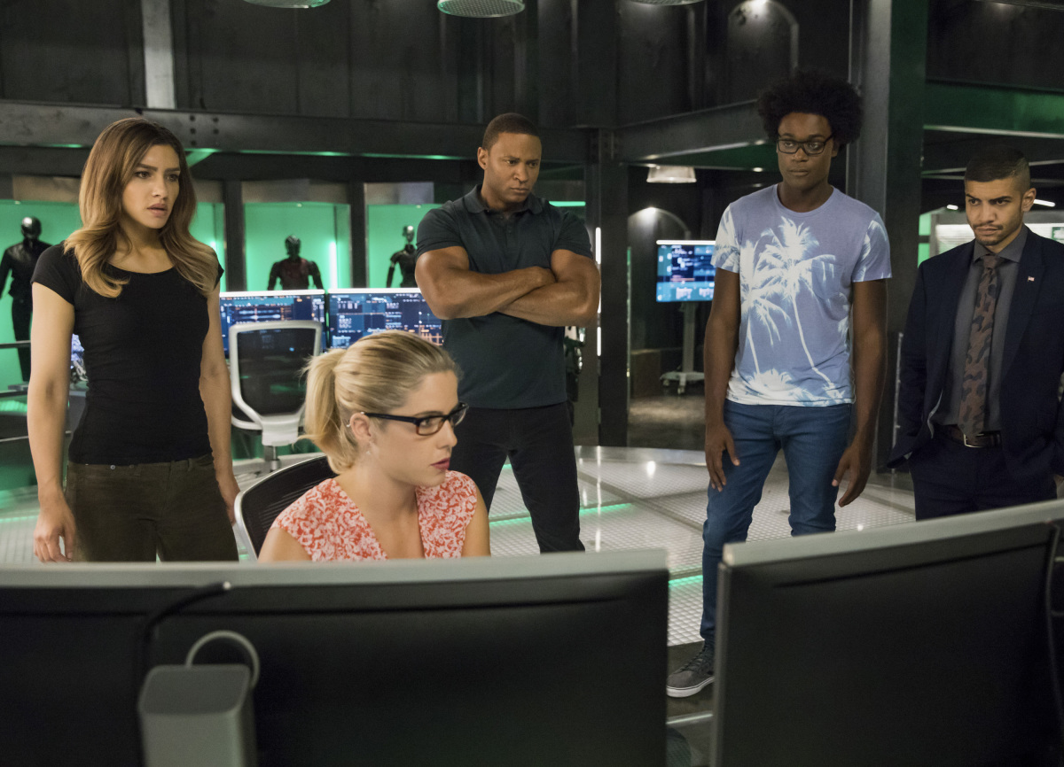 Les photos de l'épisode 6×03 d'Arrow – Next of Kin