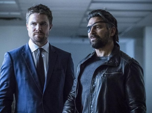Les photos de l'épisode 6×05 d'Arrow – Deathstroke Returns