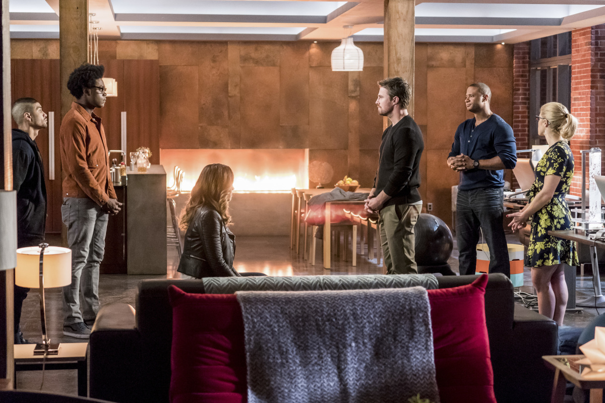 Les photos de l'épisode 6×10 d'Arrow – Divided